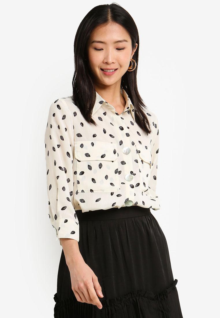 318f92a2d57 https   www.zalora.com.my ichi-snilla-blouse-white-1558691.html ...
